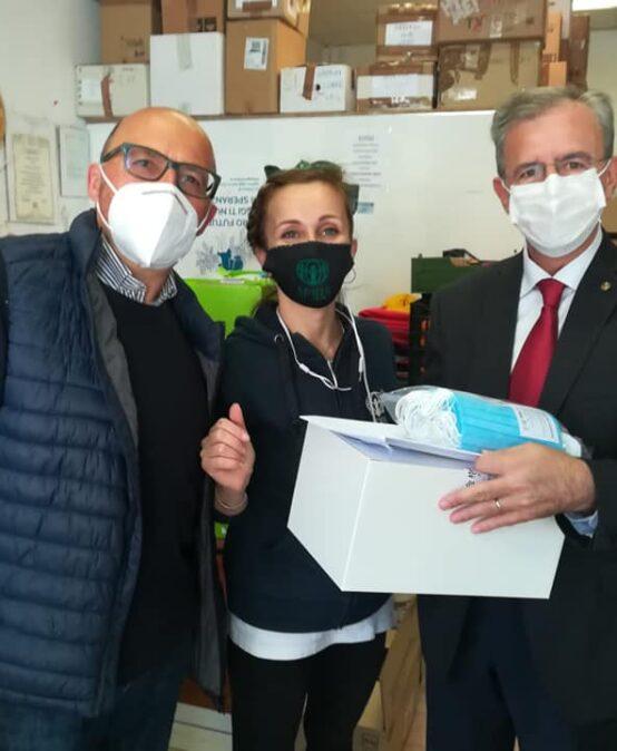 Rotary Club dona mascherine a Adra Italia Onlus e Croce Verde di Jesi